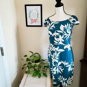 Old Navy Floral Print Dress Size Medium Petite